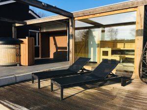 hottub + sauna