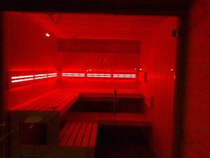 sauna met kleurentherapie